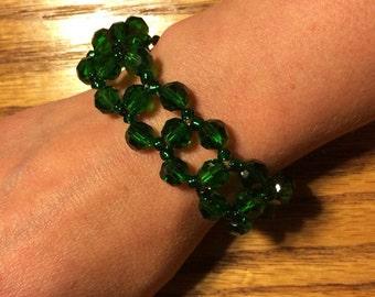 Beaded weave bracelet - emerald green
