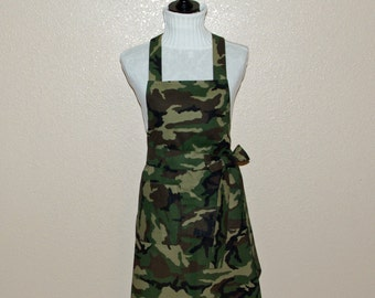 Pretty Camo Apron, Camouflage Ladies Apron, Custom Personalized With Name, No Shipping Charges, Ready To Ship TODAY, AGFT 768