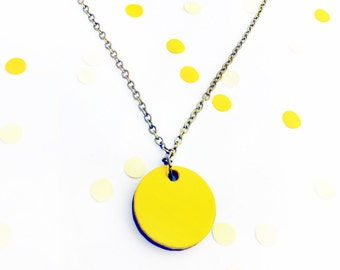 Geometric necklace | Yellow jewellery | Wooden necklace | Circle Jewellery | Simple shape | Yellow necklace | Painted wood