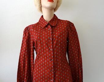 1970s Floral Print Blouse / button front cotton shirt / designer vintage