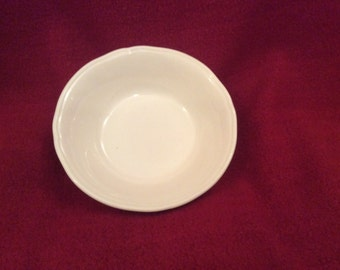 Alfred Meakin White Ironstone Scallop or Fluted 5 Inch Dessert Pudding Bowl