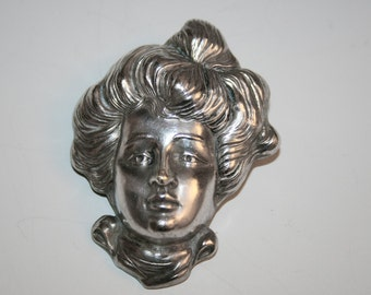 Silver Art Nouveau Gibson Girl pin