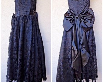 1980s Prom Dress. 80s Party Dress. Lace Prom Dress. HUGE Bow. Strapless Prom Dress. 80s Prom Dress. Gunne Sax Dress. Black Prom Dress. S