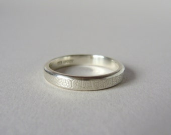 Sterling silver hand forged 3mm leaf texture ring