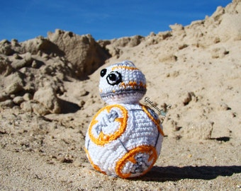 Droide BB-8 Amigurumi Star Wars. Episode VII The Force Awakens. Crochet doll.