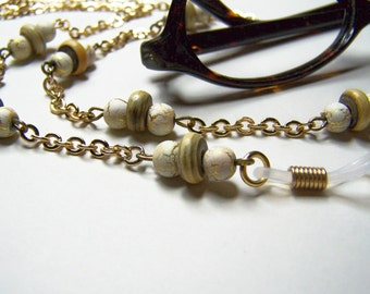 White Eyeglass Chain, Eyeglass Holder Made With Horn and Crack Beads