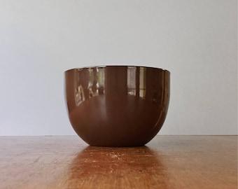 Mid Century Arabia / Finel Chocolate Brown / White Enamel Bowl