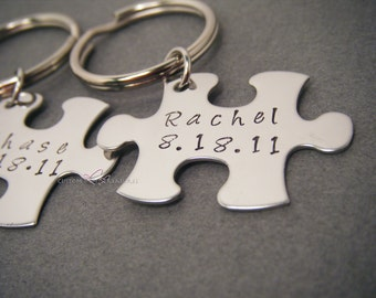 Couples Wedding Gift, Gift for the Couple, Custom Wedding Gift, Name Date Keychains, Puzzle Piece Keychain Set, personalized wedding