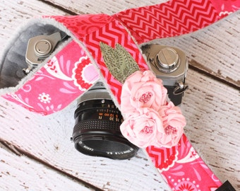 Padded Camera Strap, dSLR Camera Strap, Vintage Camera Strap, dSLR Photography, Canon or Nikon Camera Strap - Pink floral and Chevron