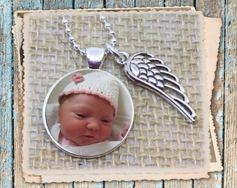 Photo Keychain / Memory Keychain/Photo Necklace with side Angel Wing charm