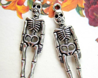 Skeleton charms day of the dead skull pendants antique silver jewelry pendants halloween zombie skeleton 39mm x 19mm S641