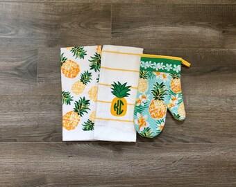 Pineapple Dreams Kitchen Towel Gift Set - Monogrammed