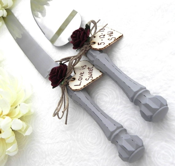 Rustic Chic Wedding Cake Server And Knife Set, Gray and Burgundy, Personalized Wood Hearts, Bridal Shower Gift, Wedding Gift