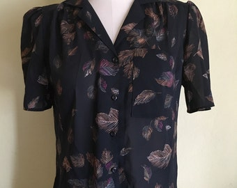 Feathers pocket blouse