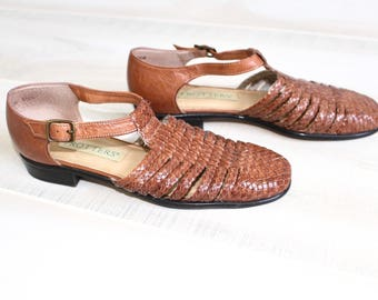 Vintage Woven Leather Sandals, Huaraches, T Strap Shoes, Brown, Cage, Flats, 90s, 1990s, 6.5
