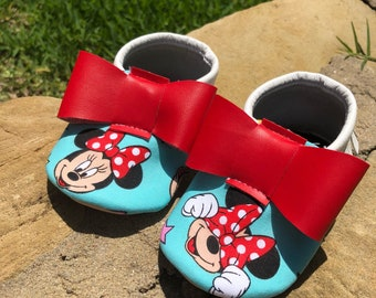 Minnie & Stars- Baby Moccs- Baby Moccasins by TexasMoccs