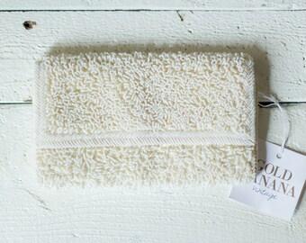 Aubin clutch | Vintage 1950s white beaded clutch | Beaded white 50s purse