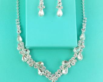 Crystal Rhinestone Jewelry Set, Crystal Wedding Necklace Set, bridal jewelry set, wedding set, bridesmaid jewelry set, Sandra Jewelry Set