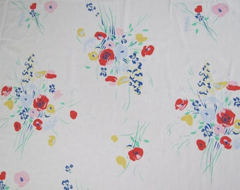 One Yard of Vintage Sheet Fabric - Blue and Red Bouquets - 1 yd