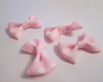 10 pink floral hearts and polka dot cotton and polyester 37x25mm knots