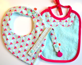 Box accessories newborn baby cotton (bandana bib, bib, pacifier, metallic) - pink and turquoise - triangles pattern