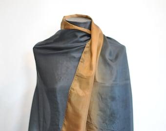 Vintage OVERSIZE PRINTED SILK scarf...............(404)
