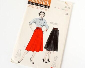 Vintage 1950s Womens Five Gore Flared Skirt Butterick Sewing Pattern 5925 Complete / waist 24 hip 33 / Oversized Pocket, Empire Waist