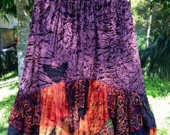 Chocolate brown velvet Rag hem skirt with lepoard print lace. Size X Large (size 16-18).