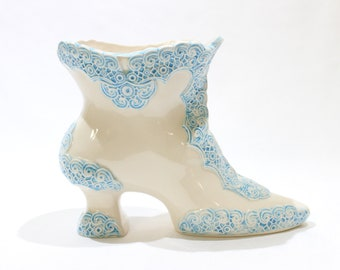 Vintage 1970s White and Blue Victorian Boot Planter Vase, Vintage Decor