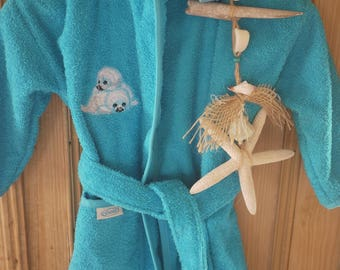 Baby/toddler bathrobe embroidered with name and image