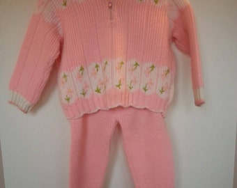Vintage two piece pink knit, sweater outfit, floral, hooded sweater