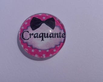 "Funny writing ""crackly"" by 20 mm round domed cabochon"