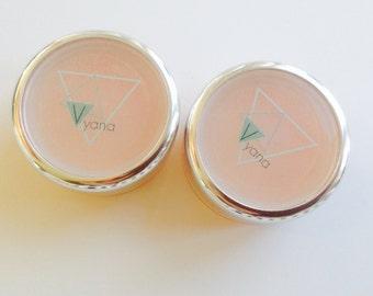 Vegan foundation balm / foundation primer no 2. All natural liquid foundation. Natural makeup. Creamy liquid foundation.