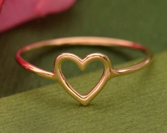 Rose Gold Open Heart Ring. Sizes 6-8. Item. 048.