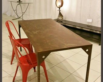 BENI industrial style dining table