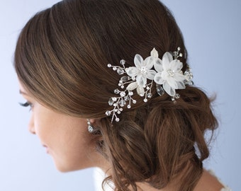 Flower Side Comb, Wedding Hair Comb, Bridal Hair Comb, Wedding Accessory, Hair Accessory, Rhinestone & Flower Comb,Bridal Headpiece ~TC-2264