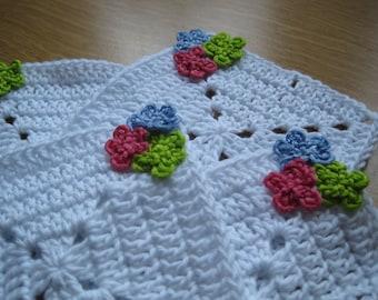 Free shipping, crochet coasters, white crochet coasters, square crochet coasters, 4set coasters, flower motif coaster, white cotton coasters