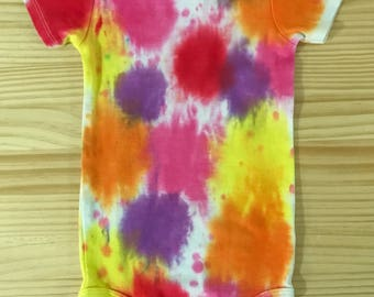 Art Attack - 24 month old baby t-shirt tie dye romper