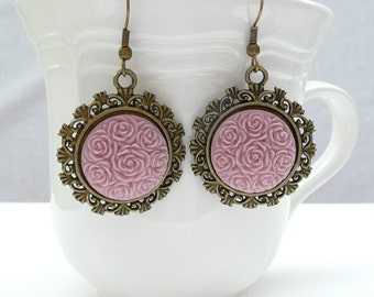 nd-Vintage Style Bronze and Lavender Dangle Earrings