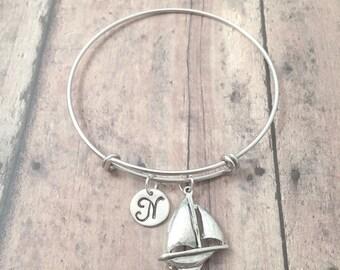 Sailboat initial bangle - sailboat jewelry, nautical jewelry, sailing jewelry, nautical bracelet, silver sailboat pendant, sailing jewelry