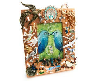 Bird-Themed Picture Frame