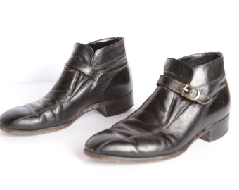 Men's size 9 Chelsea boots BUCKLE black leather 70s BEATLE ankle boots