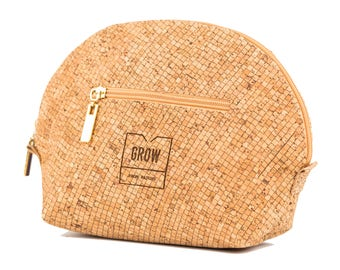 Cork Makeup Bag, Free shipping, Vegan leather , Eco and sustainable Product, perfect gift for her, Unique gift, Kork, Liege, Christmas gift