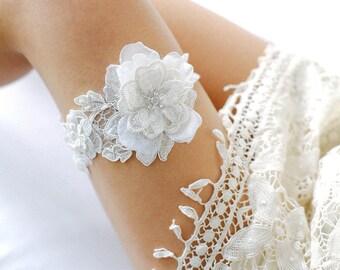Wedding garter set, bridal garter set, ivory rustic garter, ivory wedding garter - style #408