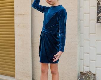 Girls velvet dress/Blue silk velvet dress/Formal girls dress/Kids midi dress/Toddler girls shift dress/Soft party dress/Occasional outfit