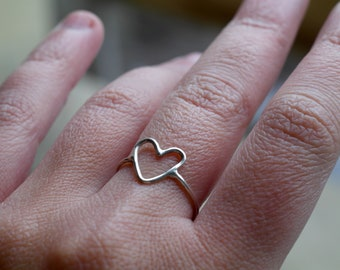 Heart ring sterling silver ring minimalist ring love ring romantic ring heart jewelry stackable ring love jewelry - amejewels