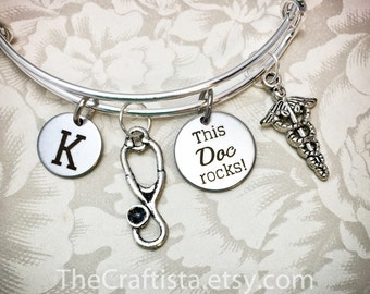 DOC, Personalized Doctor Bracelet With Initial, Doctor's Bangle, Personalized Doctor Gift, Caduceus Charm, Stethoscope Charm, Doctor Bangle