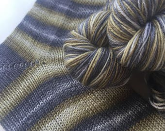 Hand dyed self striping merino bamboo sock yarn - Tarnished Treasure