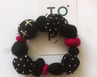 Bracelet beads felt PomPoms design wool felt balls large fabric pink black and white