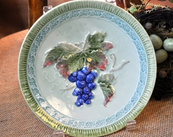 Beautiful Antique Majolica Plate, Vintage majolica, majolica pottery, Germany, grapes, blues green